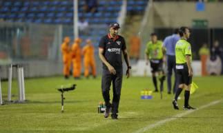 Técnico Anderson Batatais durante partida entre Ferroviário e Fortaleza, pelo Campeonato Cearense 2020, no estádio Presidente Vargas