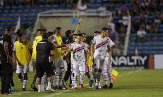 Ferroviário e Fortaleza jogam pelo Campeonato Cearense 2020 no estádio Presidente Vargas