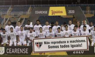 Jogadores do Ferroviário entraram em campo com camisa que condenava frases machistas populares.