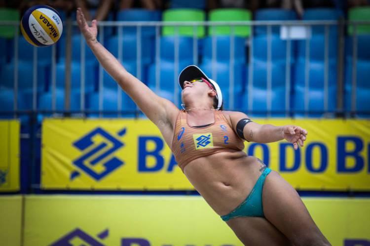 Rebecca Silva - atleta de vôlei de praia
