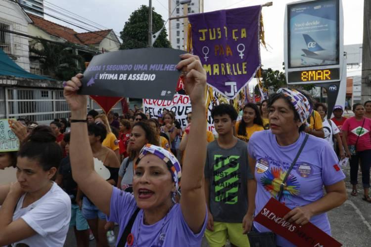 FORTALEZA,CE,BRASIL, 08-03-2020: Manifestações pela vida das mulheres marcam o dia 8 de março (Foto: Beatriz Boblitz/O POVO) (Foto: Beatriz Boblitz/O POVO)