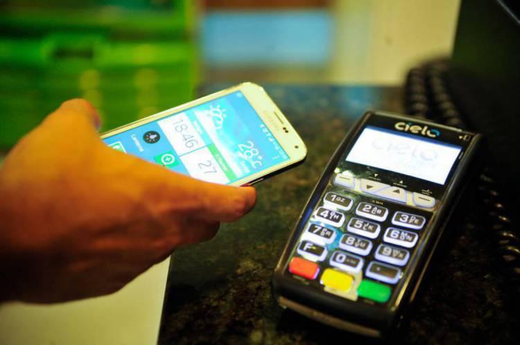 Maioria dos bancos brasileiros já oferece serviço de pagamento com o QR code
