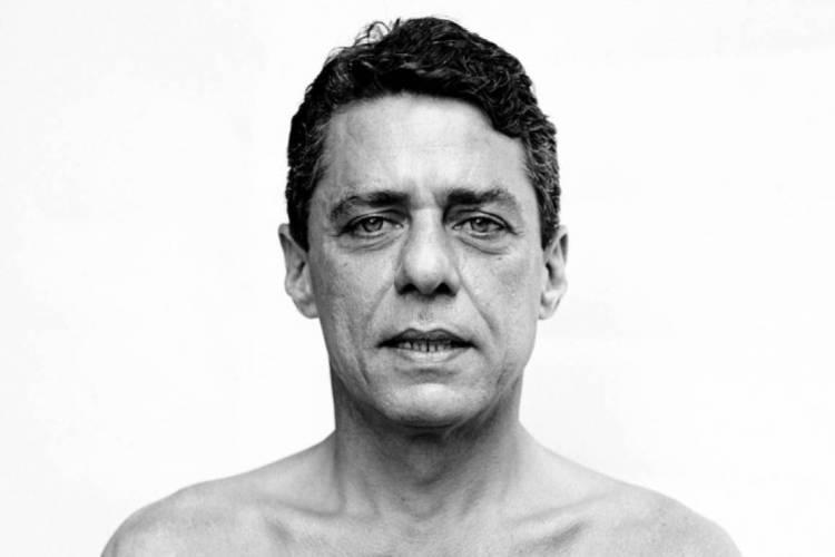 """Foto do cantor Chico Buarque integra exposição """"Retratos"""", de Bob Wolfenson (Foto: Bob Wolfenson/Divulgação)"""