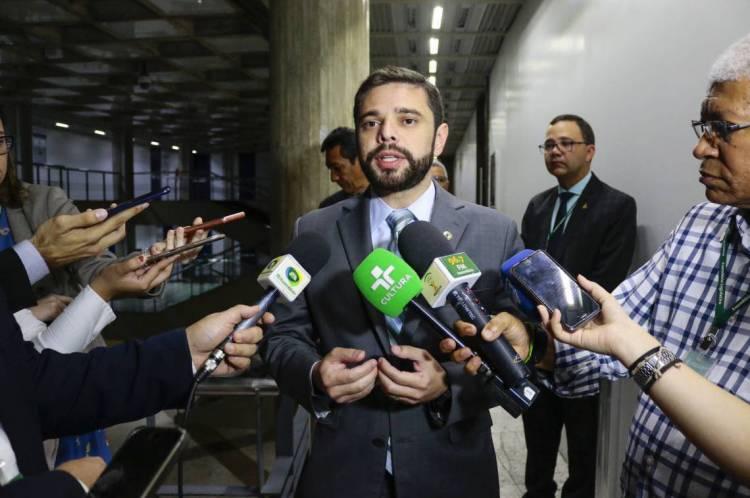 Deputado Julio Cesar Filho (Cidadania) falou sobre o reajuste salarial para PMS e bombeiros