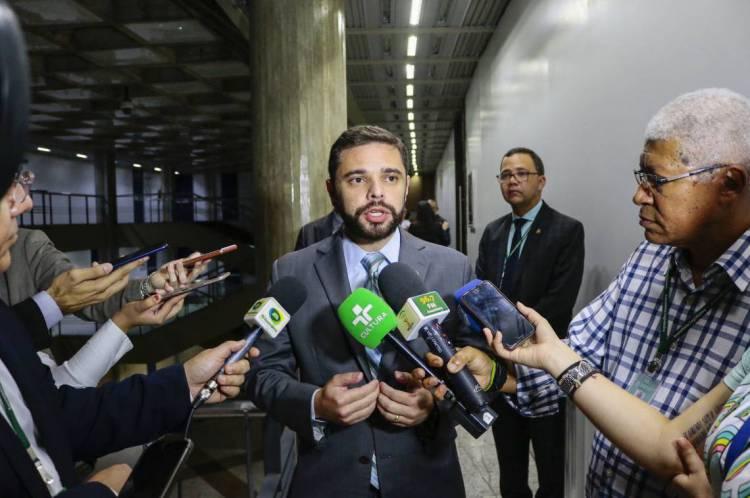 Deputado Júlio César Filho concorre à Prefeitura de Maracanaú