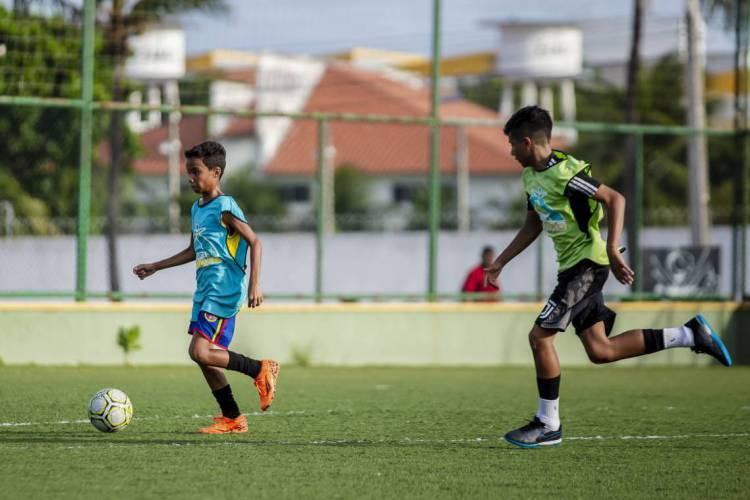 """Projeto """"Futpaz nas Areninhas"""" terá 24 núcleos de atuação em Fortaleza. (Foto: AURELIO ALVES)"""