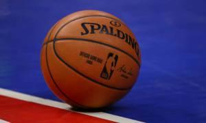 Jogadores da NBA boicotam partidas em protesto pelo fim da violência policial contra negros