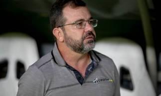 Enderson Moreira comandou Alvinegro na partida entre Ceará e Vitória na Arena Castelão pela Copa do Brasil.