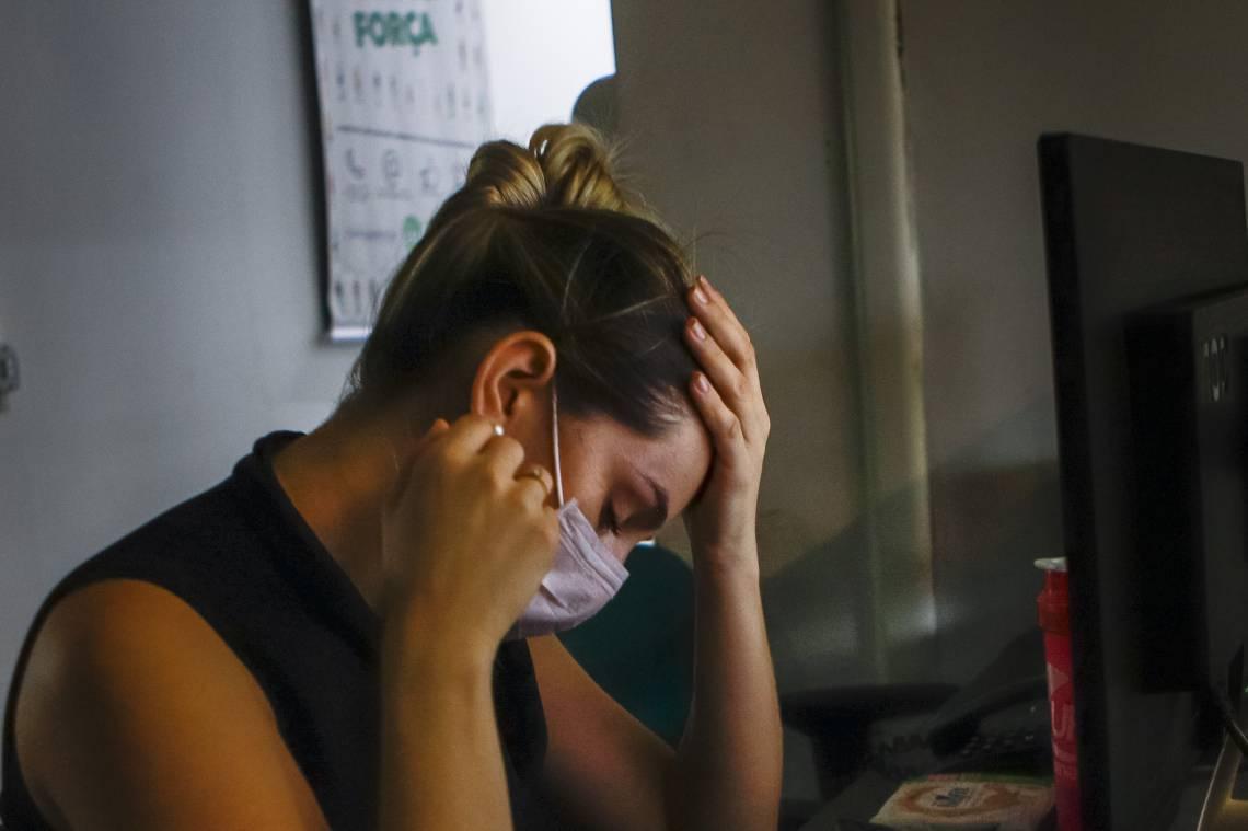 Mulheres e meninas são as mais agravadas pela presença do coronavírus, informa o estudo