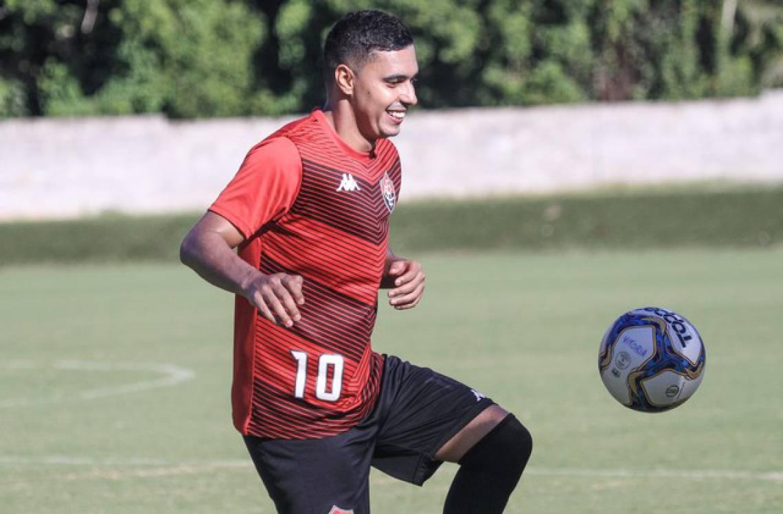 Alisson Farias é o destaque do Vitória