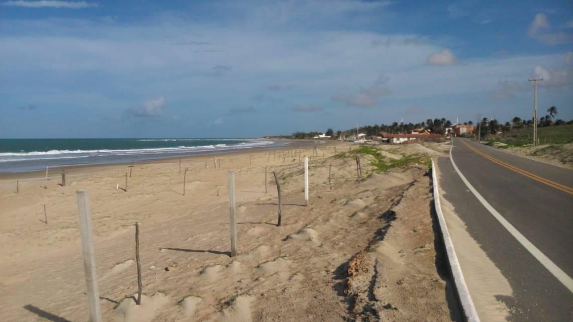 Terrenos de marinha invadidos na Praia da Emboaca, em Trairi (Litoral Norte)