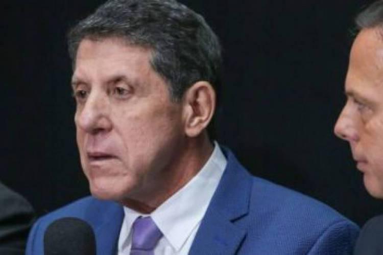 David Uip não negou a previsão feita por Jatene em seu áudio, de que até 45 mil pessoas devem contrair a doença na Grande São Paulo.
