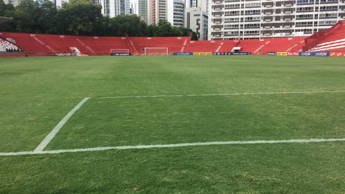 Jogo entre Náutico e Fortaleza será disputado no estádio dos Aflitos, em Recife.