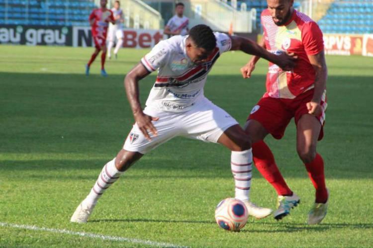 Ferrão conseguiu mais uma vitória sob o comando de Anderson Batatais  (Foto: Rochelle Nogueira)