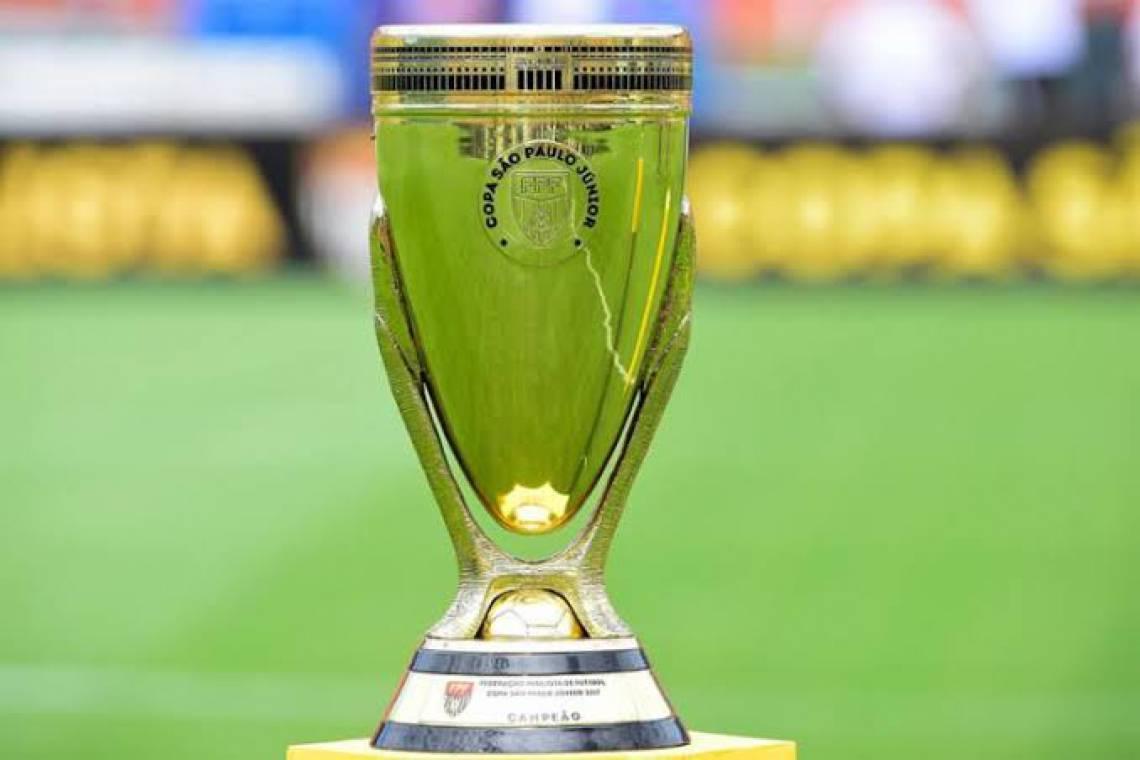 Troféu em disputa no Campeonato Paulista