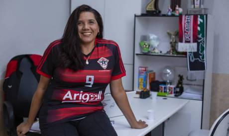 Presidente do Atlético Cearense, Maria Vieira, exalta acesso inédito do clube à Terceirona. (Foto: Aurelio Alves/O POVO)..