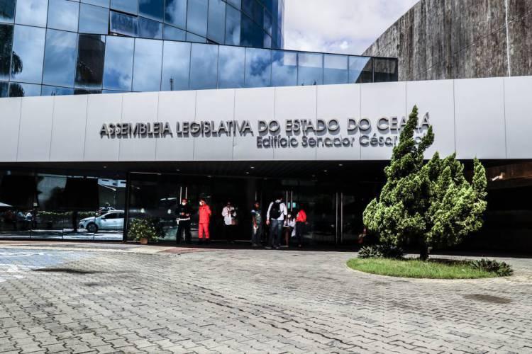 Subemenda será apreciada pela Assembleia Legislativa do Estado (Foto: BÁRBARA MOIRA)
