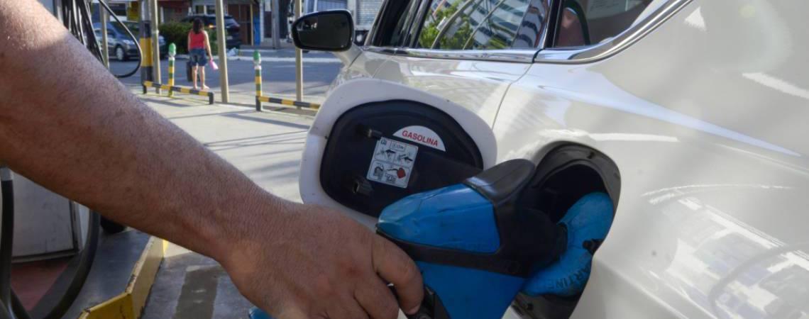 Postos de combustíveis do Ceará funcionam em horário especial por causa do coronavírus (Foto: Alex Gomes - Em 02/08/2018)