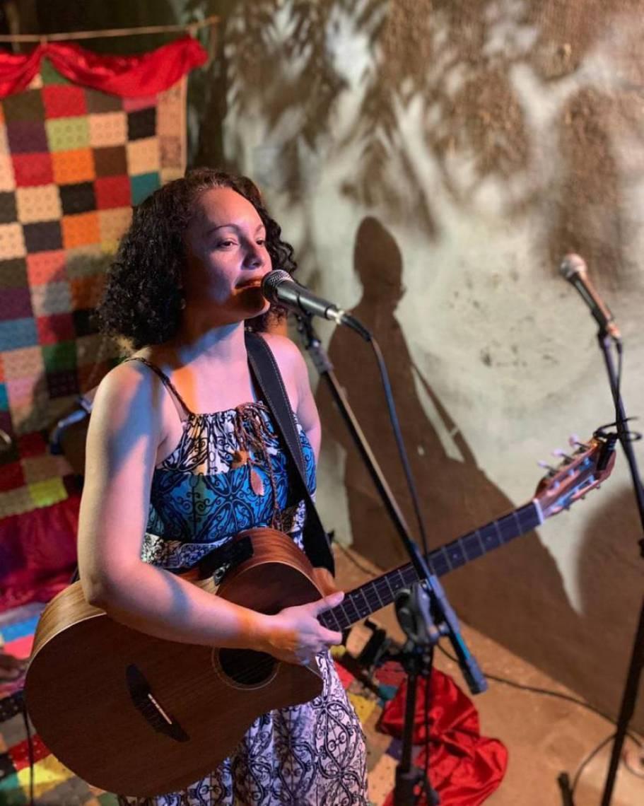 A cantora Joyce Custódio participa do Festival Quarentena nesta sexta-feira, 20