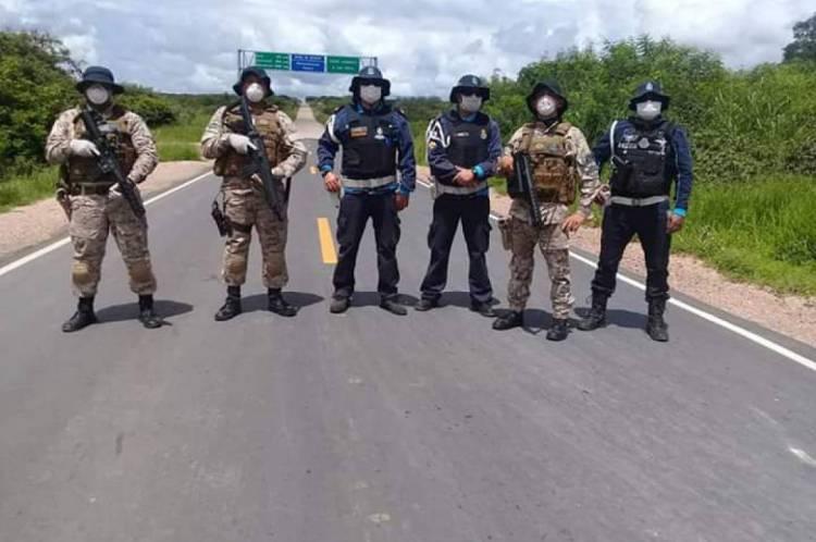 Militares estaduais fazem bloqueios em divisas em cumprimento a medidas para conter Coronavírus