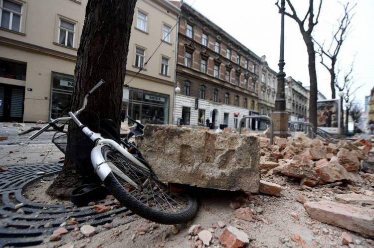 Estragos provocados em Zagreb pelo tremor
