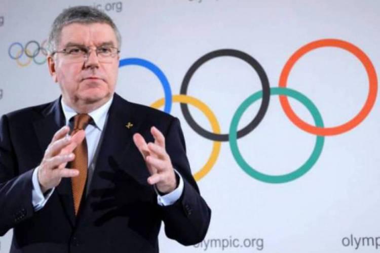 Thomas Bach é o presidente do COI (Foto: AFP)