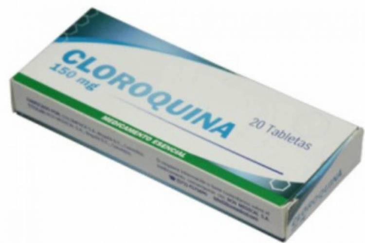 Refutada por estudos recentes, a cloroquina tem sido defendida por Trump e Bolsonaro, apesar da falta de evidências científicas que comprovem eficiência no tratamento de coronavírus (Foto: REPRODUÇÃO)
