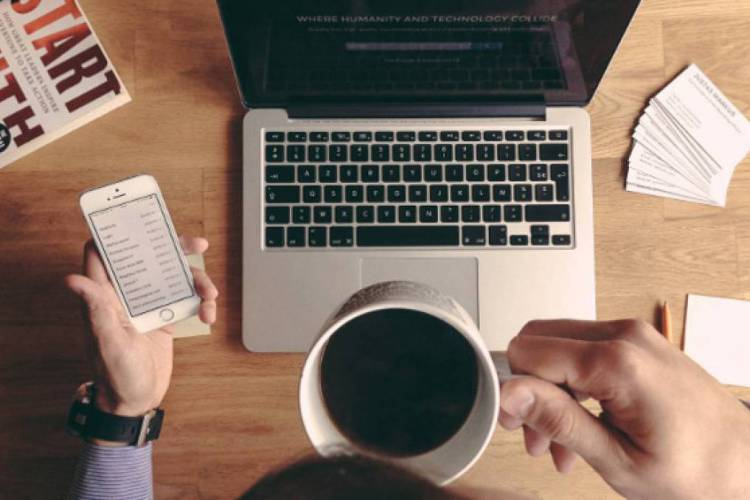 Por conta da pandemia do novo coronavírus, empresas de diferentes segmentos estão optando pelo home office, também conhecido como trabalho remoto ou teletrabalho (Foto: Divulgação)
