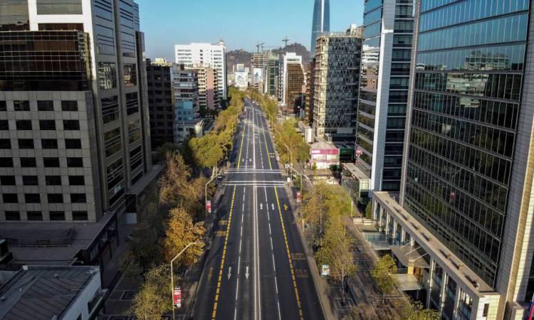 Santiago, Chile, em 22 de março de 2020. - O Chile estabeleceu um toque de recolher noturno das 22H00 às 05H00 a partir de domingo. O Chile já havia declarado um