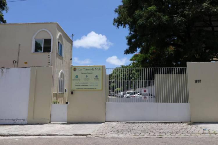 MPCE expede documento que determina a inspeção da entidade (Foto: FÁBIO LIMA/O POVO)