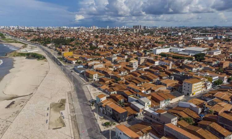 Fortaleza, Ceará Brasil 25.03.2020 Imagem aérea do Bairro Pirambu e Vila do Mar durante a quarentena provocada pelo pandemia do  corona vírus (Fco Fontenele/O POVO)