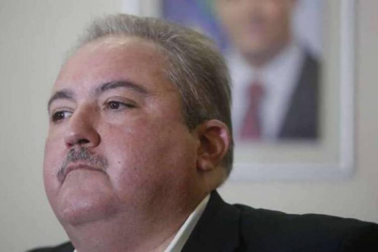 André Longo, secretário da saúde de Pernambuco, que confirmou o óbito