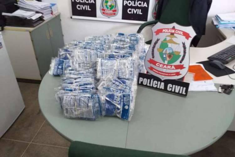 Polícia Civil do Ceará apreendeu 360 máscaras descartáveis que eram vendidas por R$ 30  (Foto: divulgação/Polícia Civil )