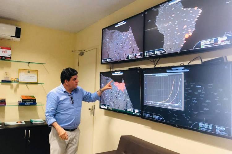 Positivo para o coronavírus, Dr. Cabeto, secretário da Saúde do Ceará, recebe alta hospitalar