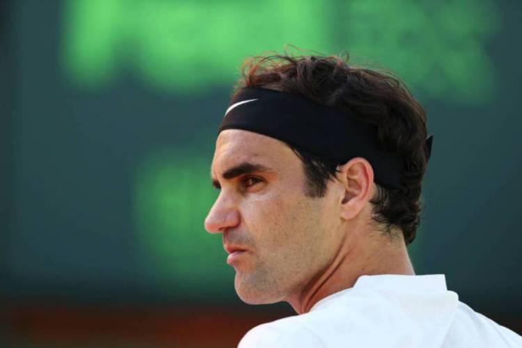 Lenda do tênis, Roger Federer tenta voltar ao alto nível após duas cirurgias feitas no joelho direito (Foto: Al Bello/AFP)