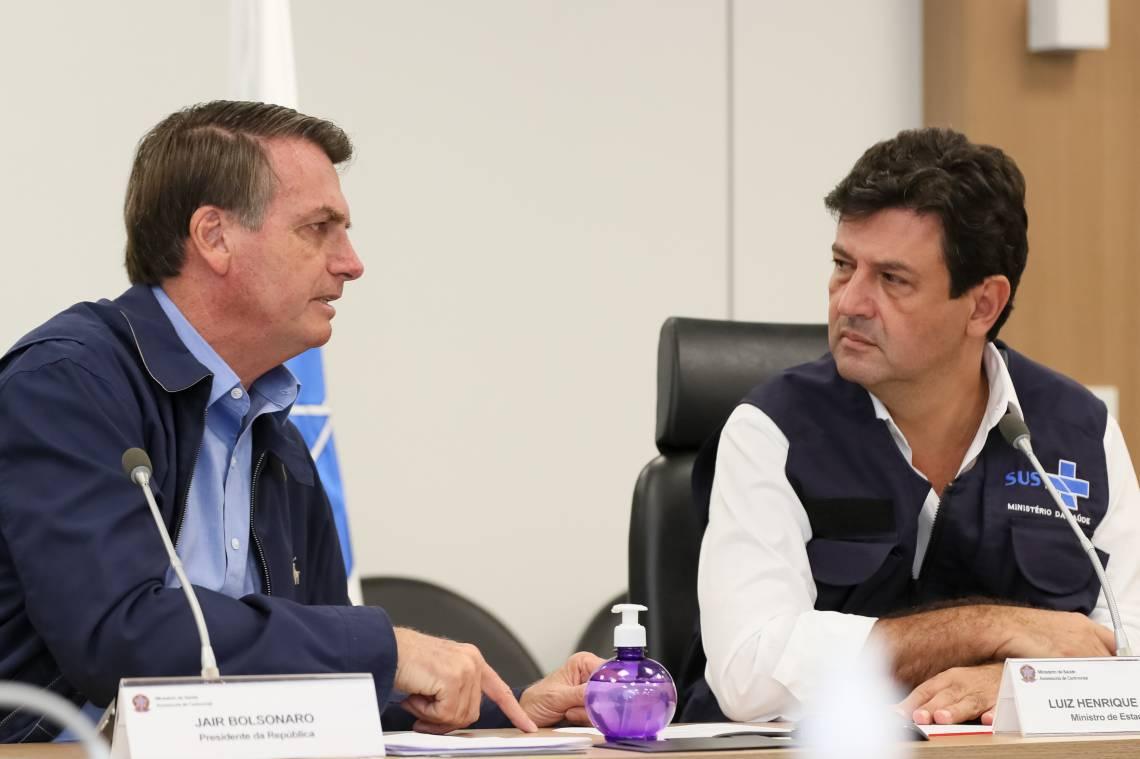 O Presidente da República e o ministro da Saúde, Luiz Henrique Mandetta (Foto Isac Nóbrega/PR)