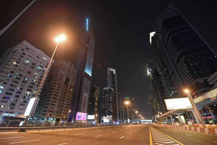 Dubai tem mantido o isolamento social durante a pandemia de coronavírus (Foto: KARIM SAHIB / AFP)