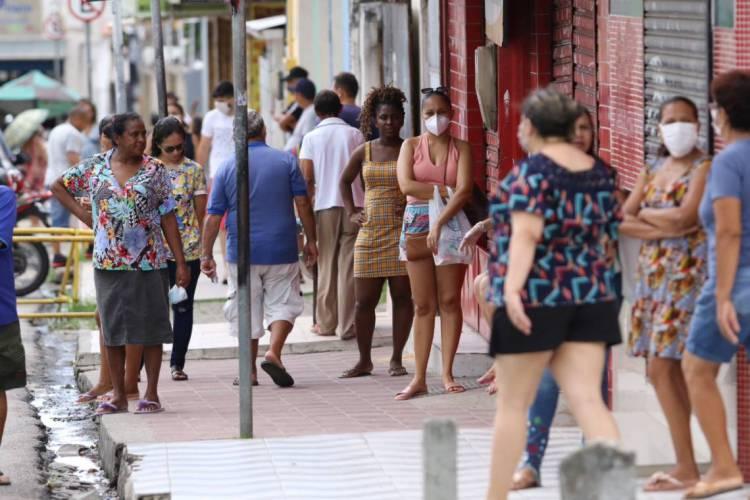 Casos confirmados de coronavírus no Ceará seguem aumentando (Foto: Fabio Lima/ O POVO)