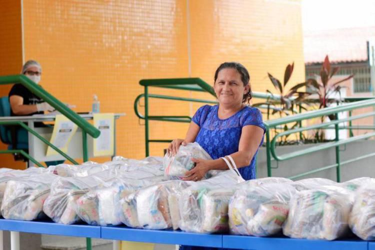 Os kits também ser entregues a integrantes do cadastro do Bolsa Família (Foto: Divulgação/PMF)