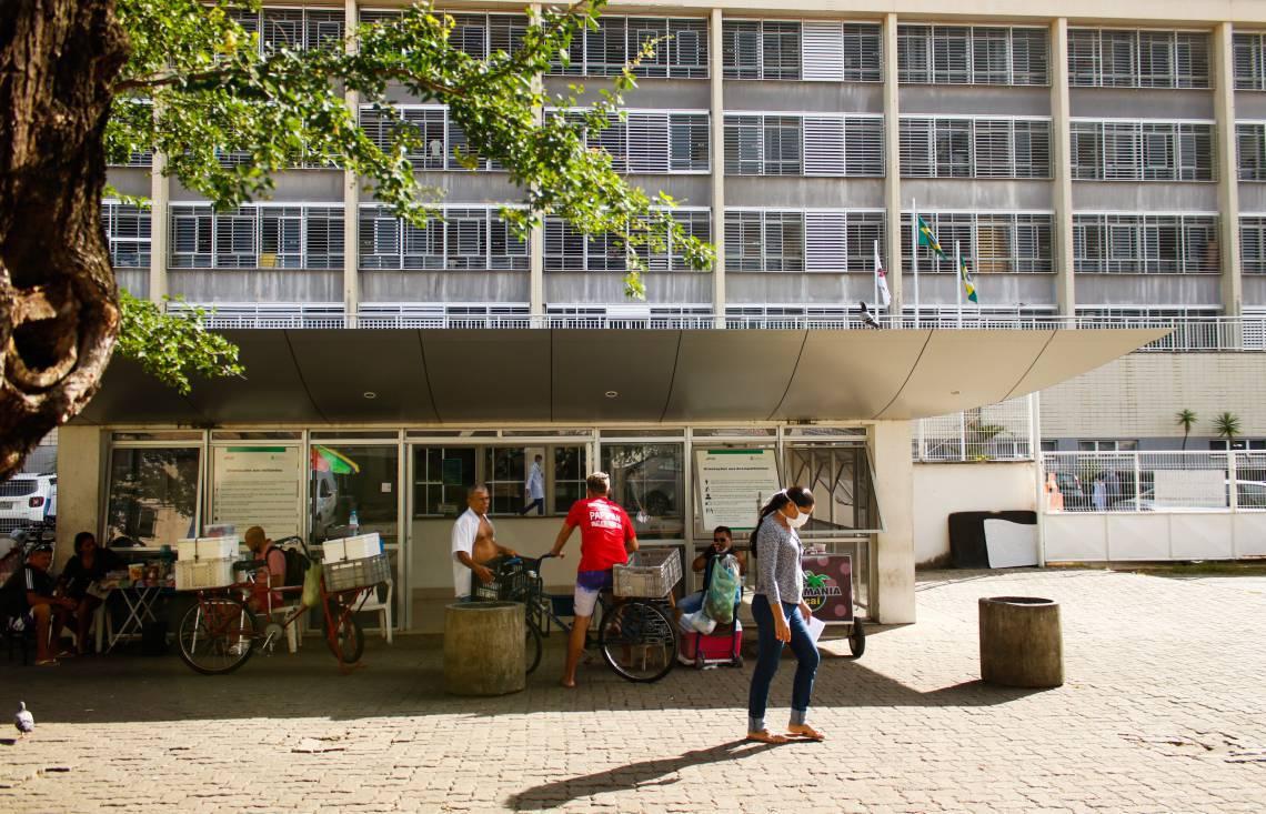 HOSPITAL GERAL DE FORTALEZA: expectativa que cirurgias eletivas voltem na segunda quinzena de julho (Foto: BEATRIZ BOBLITZ)