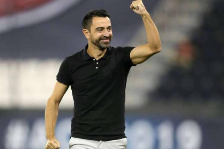 Ex-jogador, Xavi é o atleta que mais vezes atuou com a camisa do Barcelona (Foto: AFP)