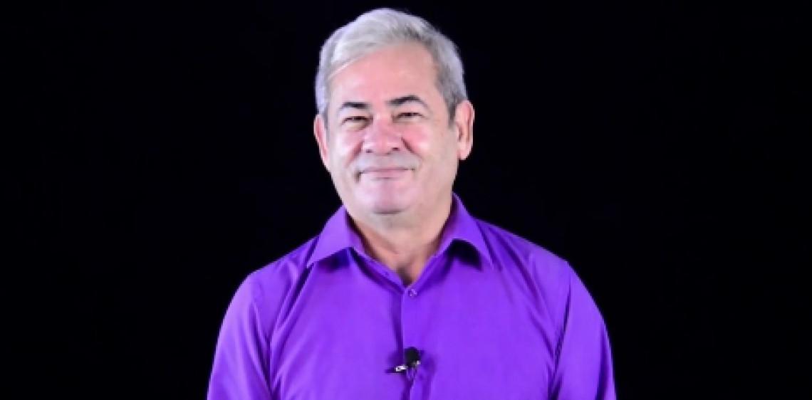 Luciano Cléver é jornalista