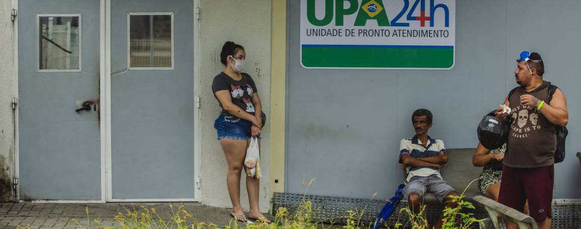 Casos de coronavírus pressionam rede de atendimento de saúde (Foto: Aurelio Alves/O POVO)
