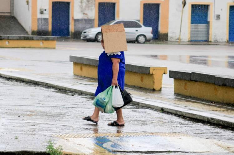 Houve chuva em pelo menos 44 cidades cearenses entre as 7h de domingo e o mesmo horário dessa segunda-feira, 6