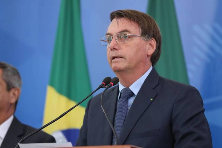 O presidente cogitava enviar uma proposta para reduzir o isolamento nos Estados brasileiros (Foto: Marcos Correa / PR)