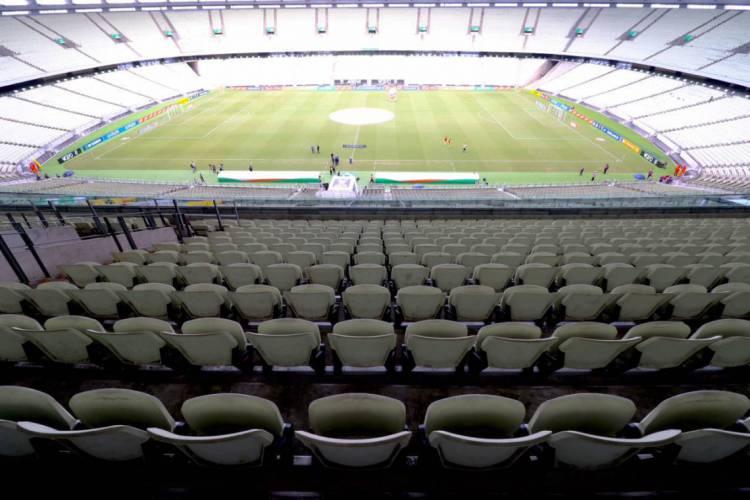 Governo do Estado autorizou a retomada dos jogos de futebol, com portões fechados, a partir de segunda-feira, 13 (Foto: Fábio Lima/O POVO)