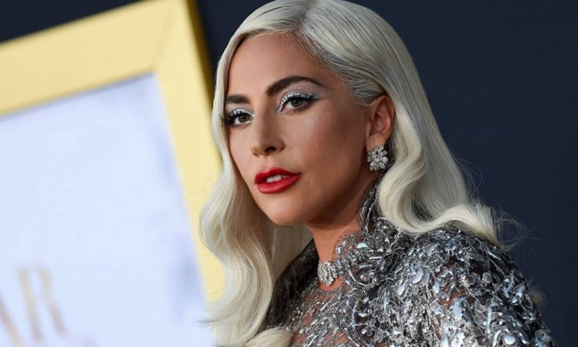 Lady Gaga promotes 'live the lives' to raise funds