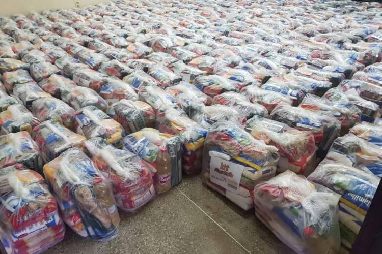 Ação visa arrecadar alimentos e material de higiene (Foto: Divulgação)