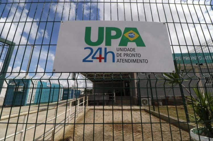 FORTALEZA, CE, BRASIL, 14.04.2020: UPA do bairro Jangurussu recebe anexo com mais 40 leitos para pacientes com Coronavírus.  (Fotos: Fabio Lima/O POVO).