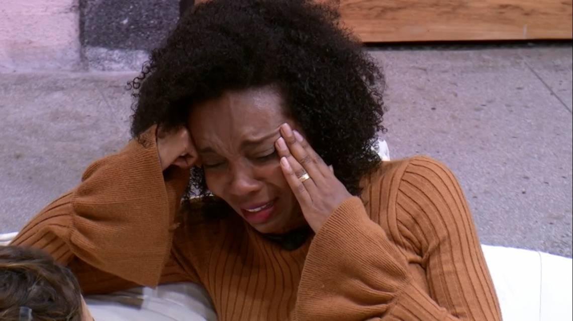 Thelma chorou ao desabafar com Rafa sobre lealdade no jogo